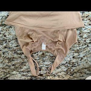 Flexees size medium camisole
